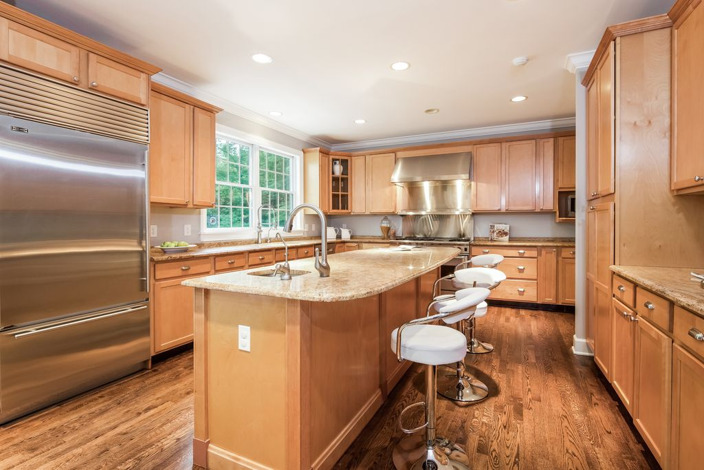 kitchen cabinet painting | monroe, ct | regal line painting